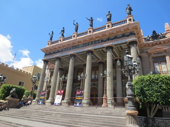 TeatroJuarez.jpg